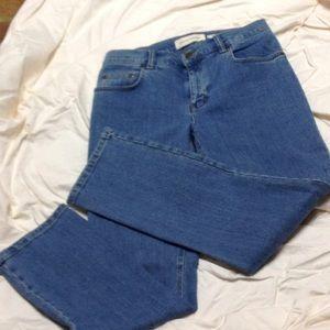 Jones of New York light blue jeans